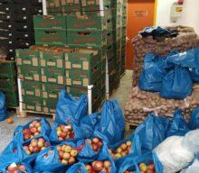 Δήμος Φαρκαδόνας: Διανομή Τροφίμων στους Δικαιούχους Κοινωνικού Εισοδήματος Αλληλεγγύης