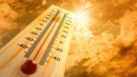 Έκτακτα μέτρα προστασίας από τον καύσωνα σε όλη τη χώρα